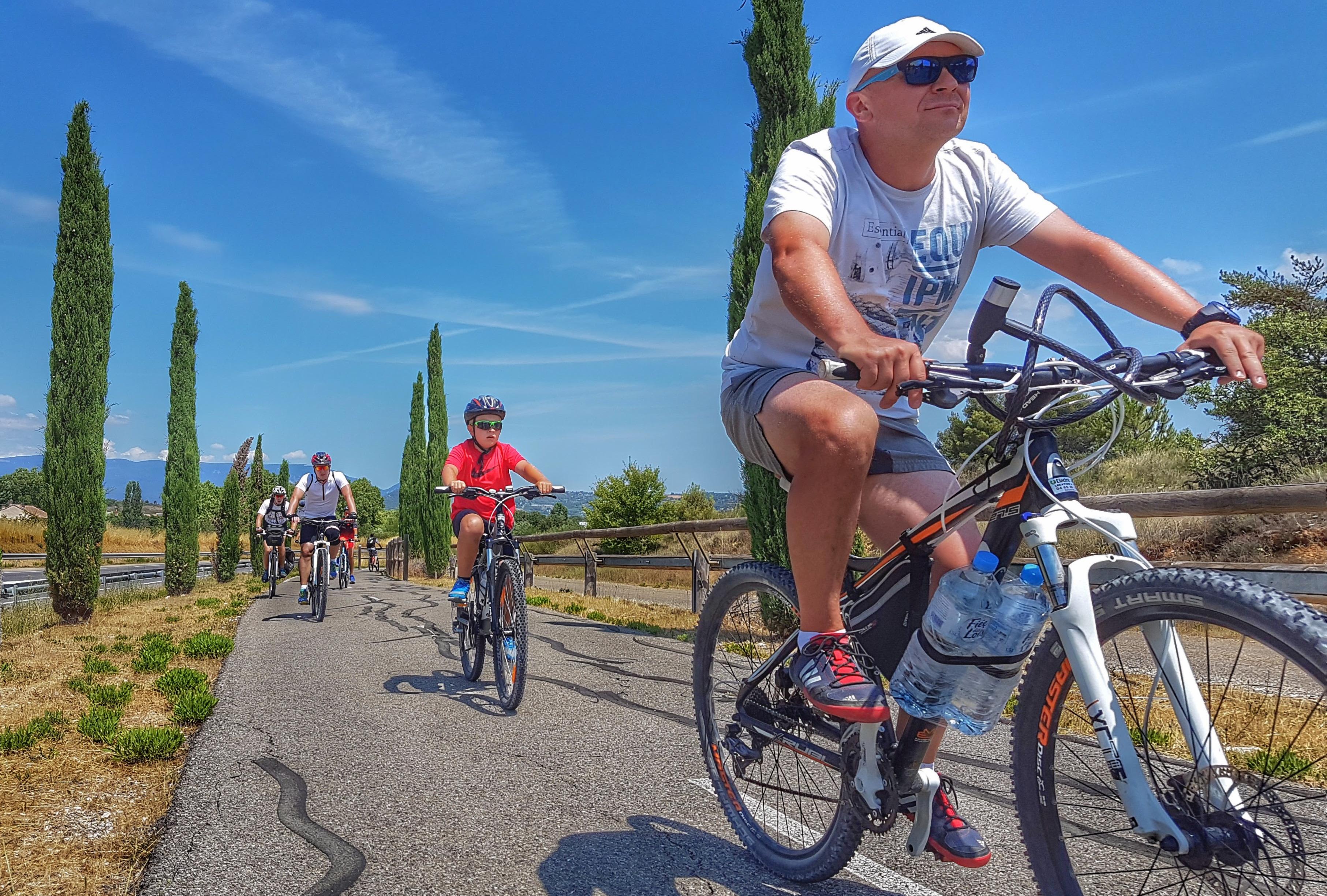 biking-in-Provence
