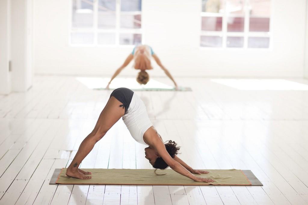 yoga-chien-tete-en-bas