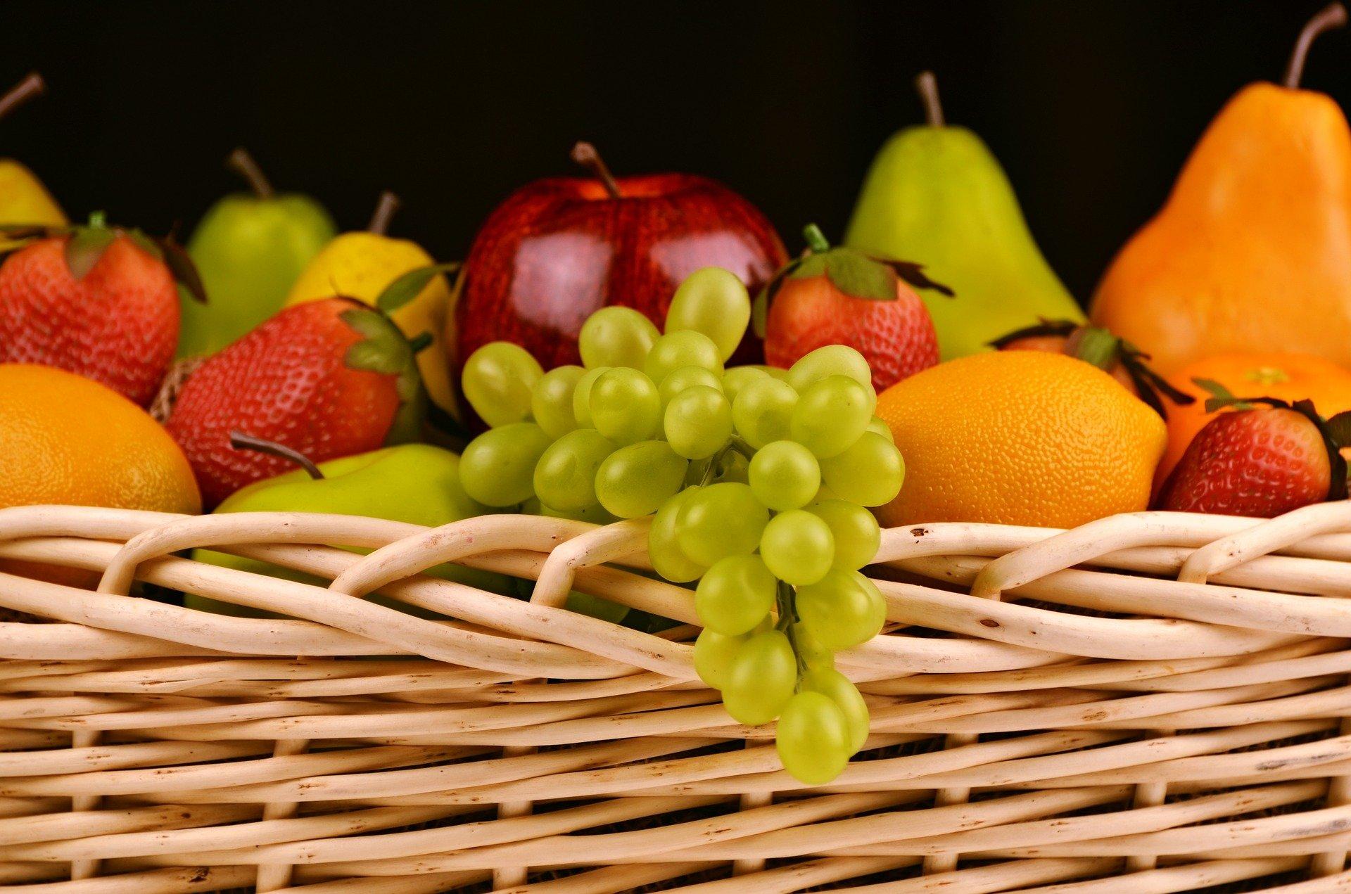 fruits-1114060_1920